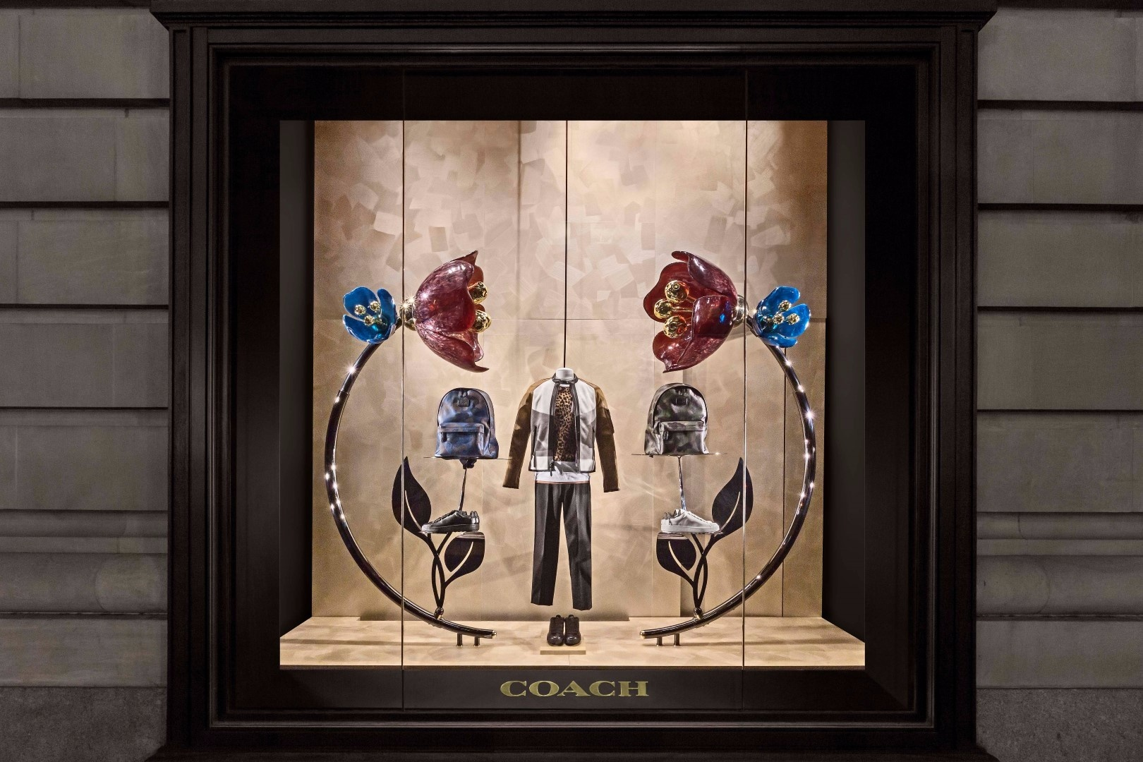 Booma group coach bloom window new york booma group coach bloom window new york jeuxipadfo Gallery